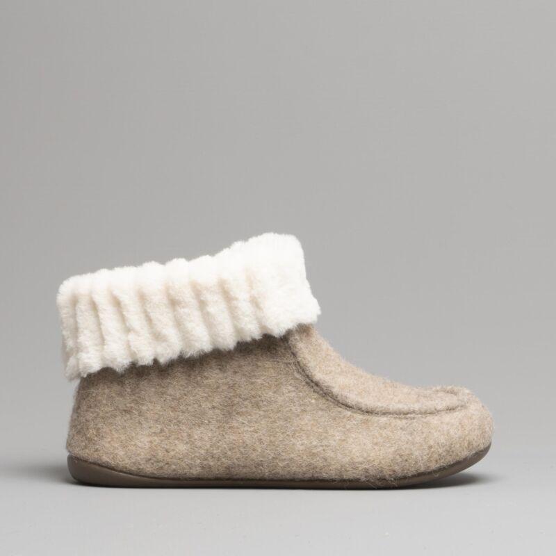 Fluffys Olivia Ladies Womens Warm Cosy Fleece Lined Moccasin Ankle Slipper Beige