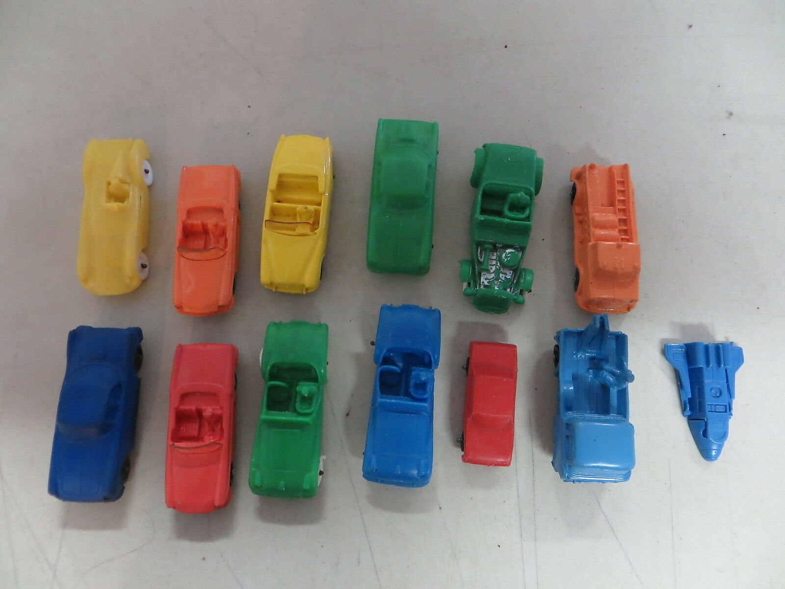 TOMTE LAERDAL VINTAGE 1960'S 13 VINYL CAR AND VEHICLE LOT NORWAY