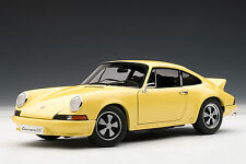 Porsche 911 Carrera RS 2.7 1973, Light Yellow 1:18TH Scale AutoArt 78056
