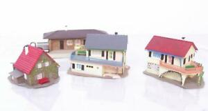 FALLER-VOLLMER-HO-KITS-THREE-WELL-MADE-HOUSES-AND-STATION-BUILDING