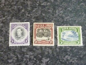 NIUE-COOK-ISLANDS-POSTAGE-amp-REVENUE-STAMPS-SG75-77-LIGHTLY-MOUNTED-MINT