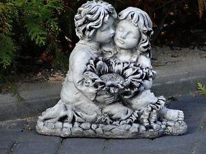 Steinfigur-Nr-462-Junge-Maedchen-Kinder-mit-Sonnenblume-ca-12-kg-Wetterfest