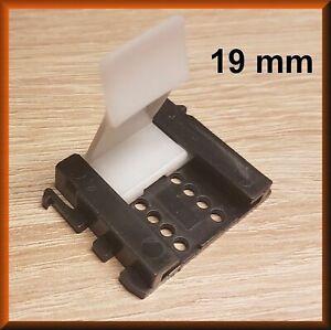 10 X Sockelhalter 19 Mm Kuche Befestigung Klammer Hafele Clip Sockelleiste Ebay