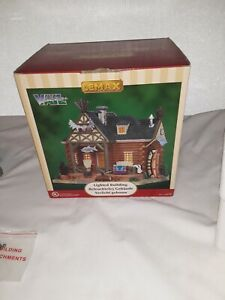 LEMAX Jim Harper House Vail Village Collection Lighted retired 2015 NIB