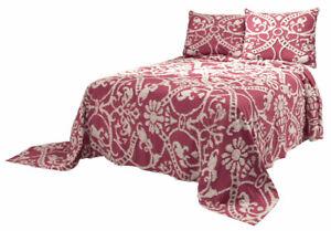 The-Adele-Chenille-Bedspread-by-OakRidgeTM