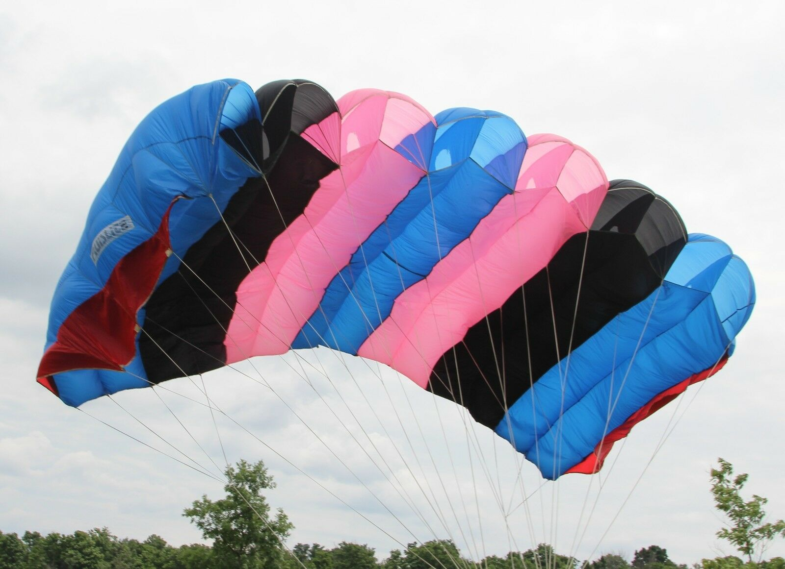 Cruislite XL - 240sq ft skydiving parachute canopy 7 cell F111