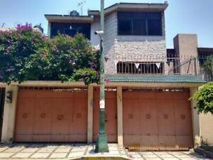Casa en Venta en Paseos de Taxqueña, Coyoacán RCV-021