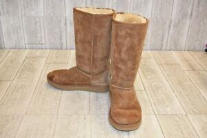 75625786a33 Ugg Classic II Tall Boots - Little Girls Size 3 - Chestnut | eBay