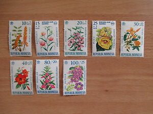 Briefmarken-Motiv-Blumen-postfrisch