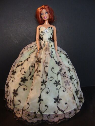 Light Green Ball Gown w//Lace Large Sequined Applique Black Swirl Pattern