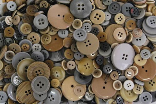 Various Buttons Mixes Bags Assorted Colours /& Various Mixed Sizes 11mm to 38mm
