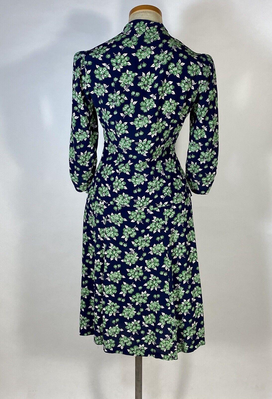 Vintage early 1940's floral silk crepe 2-pc. skir… - image 5