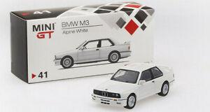 BMW-M3-E30-RHD-escala-1-64-por-minigt