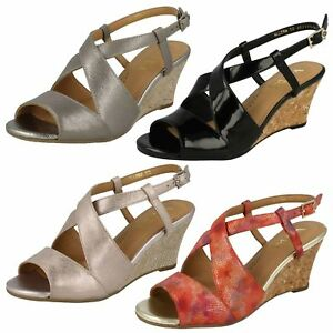 Ladies-Van-Dal-Casual-Open-Toe-Buckled-Cross-Strap-Leather-Wedged-Sandals-Allora