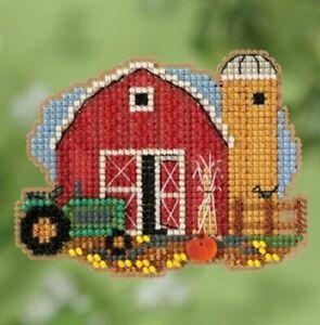 Mill-Hill-Autumn-Harvest-Harvest-Barn-Cross-Stitch-Kit-MH18-1821