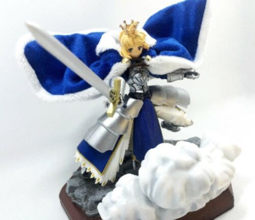 SH-C-SB: 1/12 scale wired blue cape and crown for Figma Saber 2.0 (No figure)