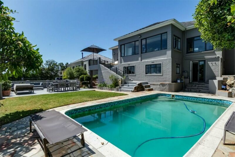4 bedrooms House in CAMPS BAY
