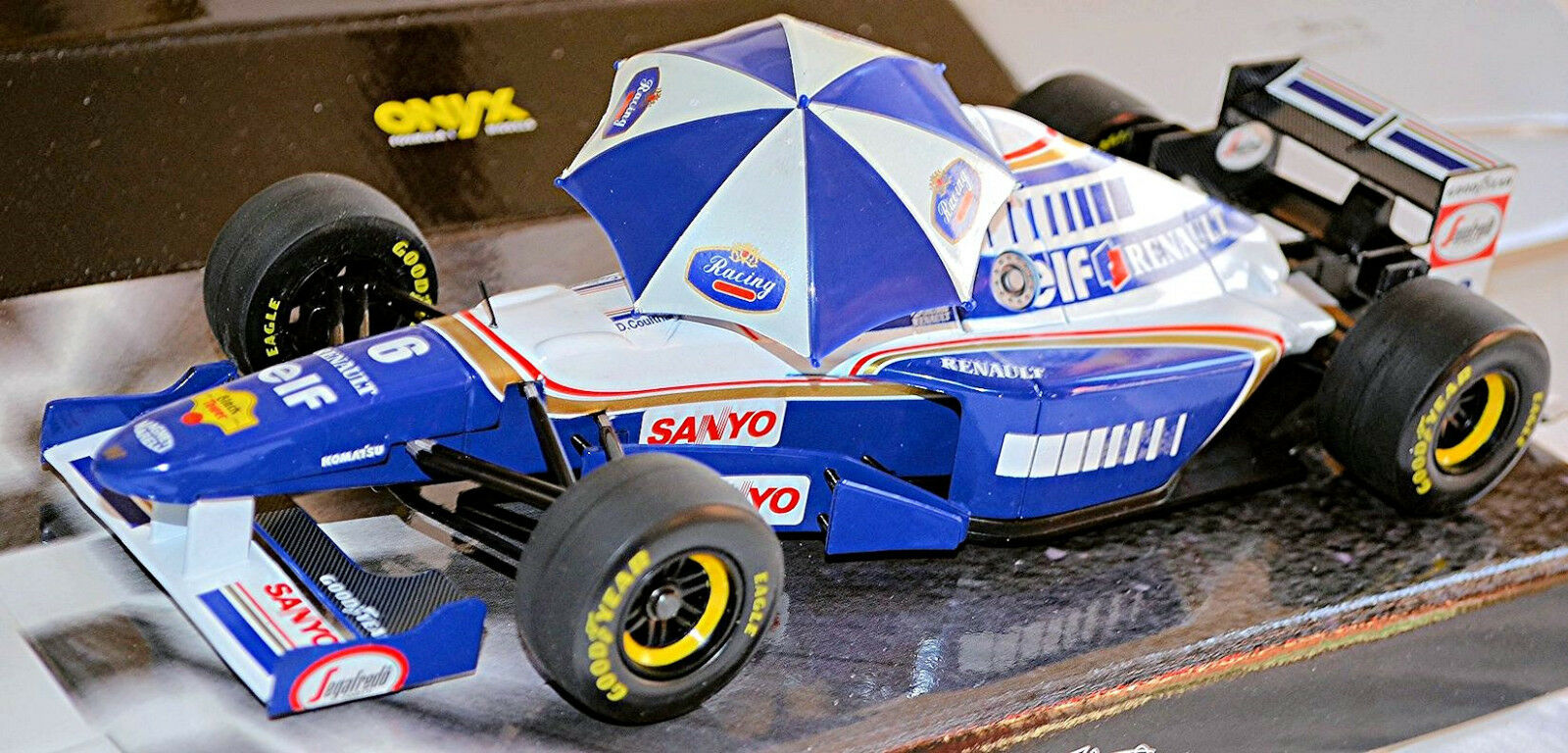 Williams FW 17 RENAULT 1995 f1 David Coulthard  6 WITH PARASOL 1:18 Onyx