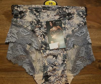 Size 6 to 22 M/&S GREY Cotton Rich Star Print Low Rise Shorts