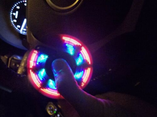 FREE SHIPPING USA LED LIGHT /& Bluetooth Speaker Musical Triangle Hand Spinner