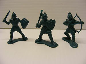Lot of 5 black THIN PLASTIC SHOTGUN RIFLE for dollhouse wild west Cake topper