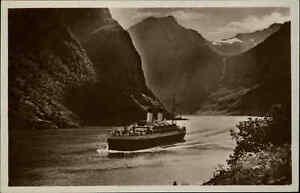 Schiffe-amp-Seefahrt-1930-Monte-Dampfer-Motorschiff-in-einem-Fjord-von-Norwegen