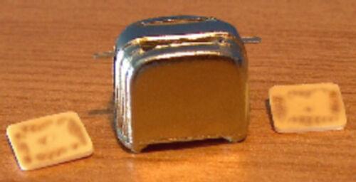 Casa de Muñecas en Miniatura Tostadora /& Toast Set Accesorios De Cocina Mesa lgw 1//12