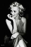 Marilyn Monroe Black And White Sitting Poster Print Pa30745