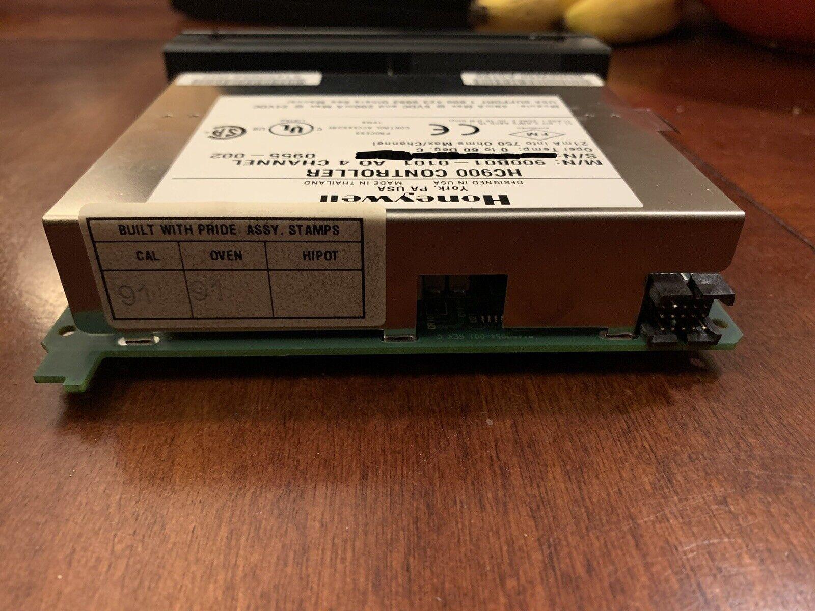 900b01-0101 4PT Analog Output Module