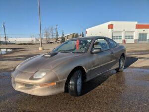 1998 Pontiac Sunfire 2dr Cpe SE