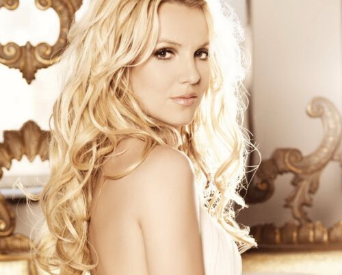 Britney Spears Unsigned 8x10 Photo (111)