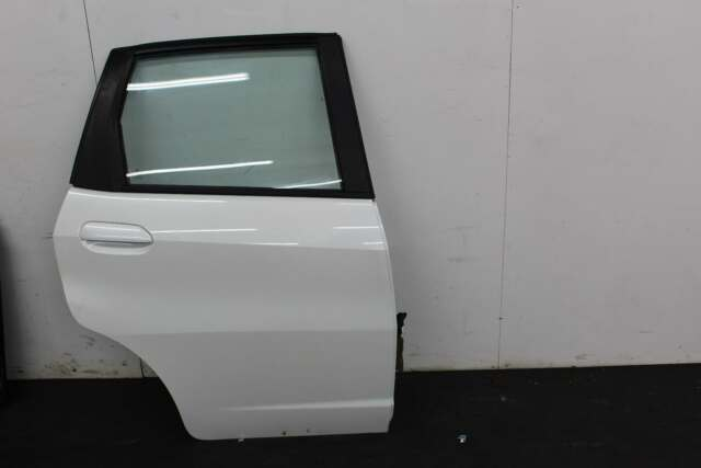 2013 HONDA JAZZ 5 Door Hatchback White O/S Drivers Right Rear Door 67510TF3G00ZZ