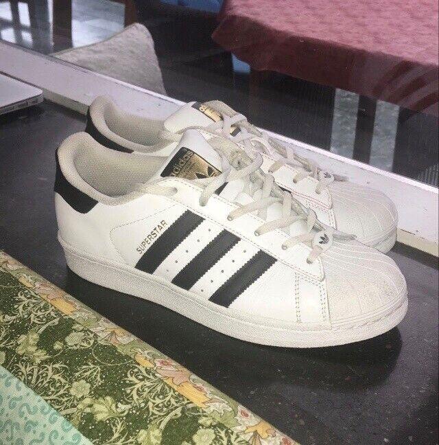 Sneakers Superstar 36