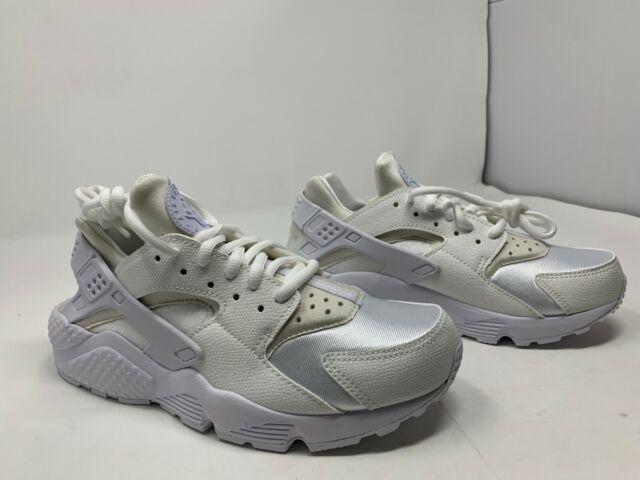 timeless design 3f944 83fdc Nike WMNS Air Huarache Run Women Lifestyle Casual SNEAKERS All White 8