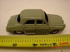 VINTAGE DINKY TOYS MADE IN FRANCE MECCANO RENAULT DAUPHINE 24E CAR METAL TOY