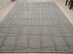 India-Hand-Tufted-Modern-Custom-Bespoke-Wool-Viscose-Art-Silk-Carpet-Area-Rug