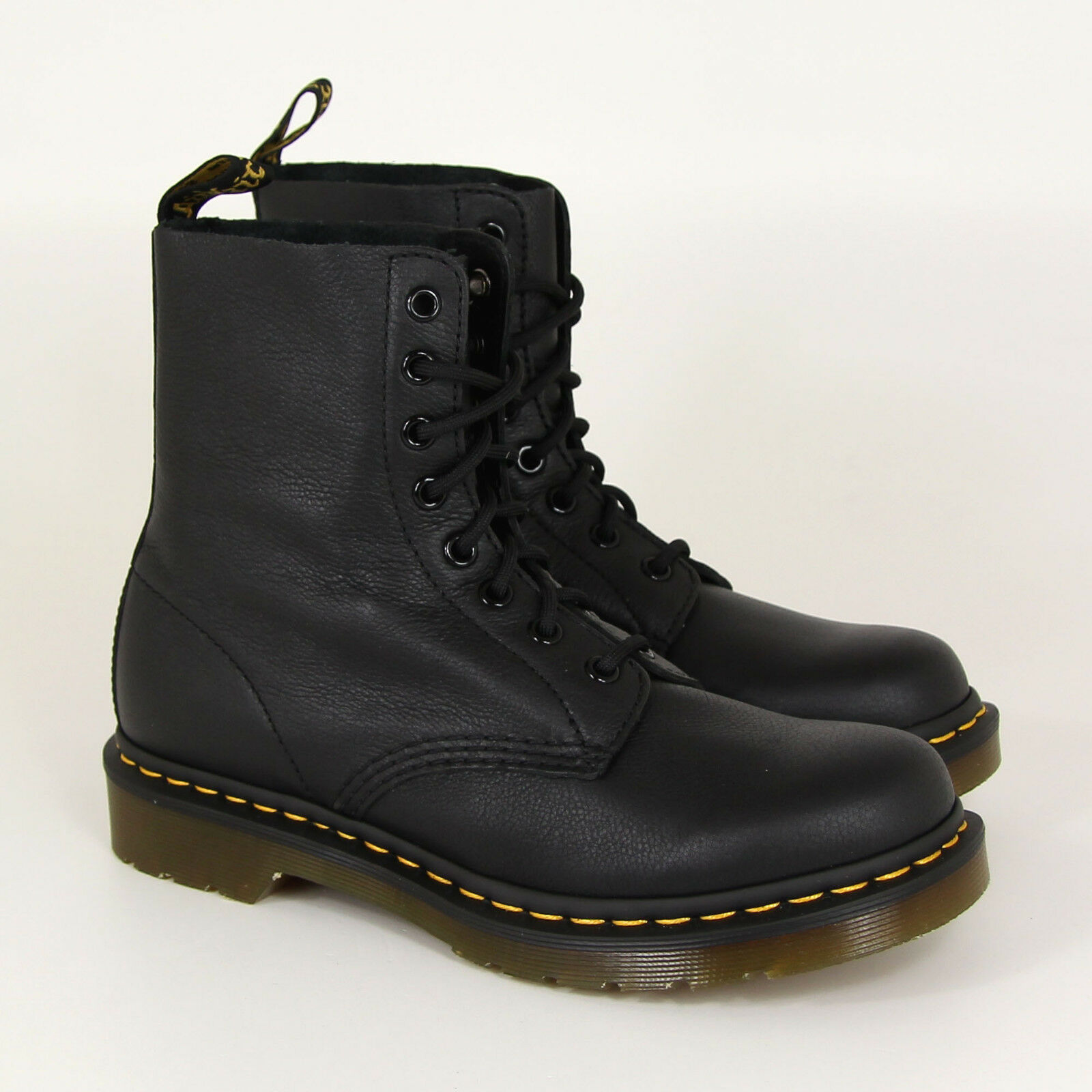 Dr.Martens Pascal, Black, Virginia, 13512006, 8-Loch, Leather, Air Wair, New