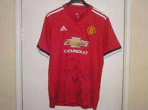 size 40 3d097 976db Details about Manchester United FC 2017/18 Season Squad Signed Shirt de Gea  Mata Shaw Lukaku