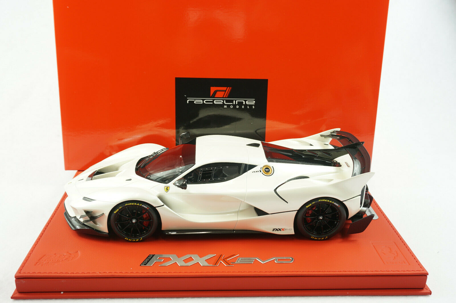 1 18 BBR FERRARI FXXK EVO FUJI WHITE GLOSS DELUXE RED LEATHER LIMITED 20 PC MR