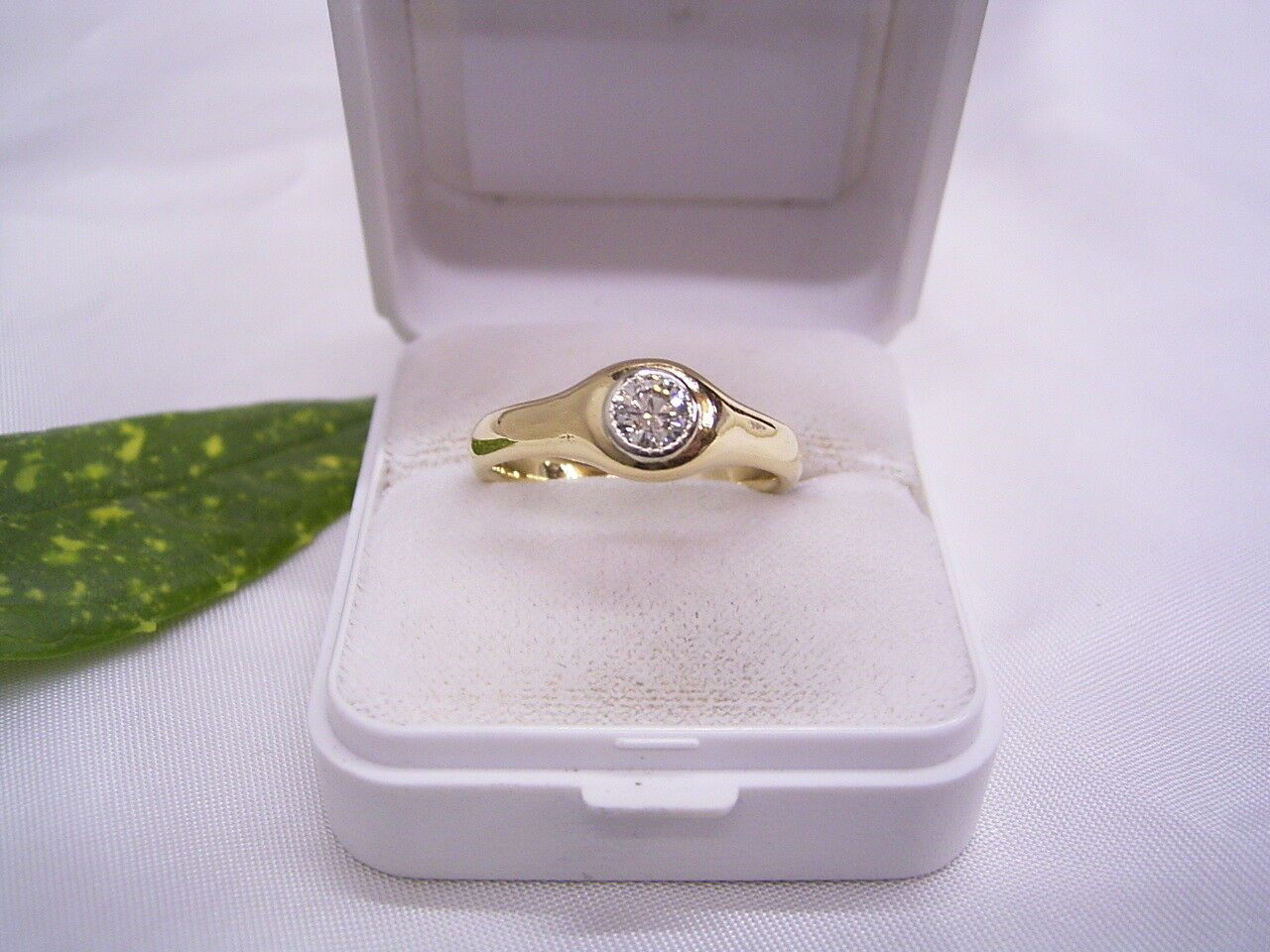BRILLANT   DIAMANT-SOLITÄR-RING  ca 0,38 ct  750er gold   yellowgold  GR.  61 19,4