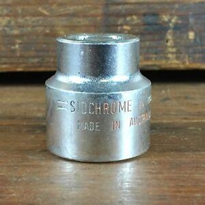 VINTAGE-SIDCHROME-1940-5-24mm-1-2-034-dr-METRIC-SOCKET-MADE-IN-AUSTRALIA