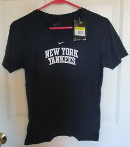 Details about NEW NIKE MLB NY New York Yankees T Shirt Women Ladies SMALL S Dri  Fit NEW NWT 38b2fd4c973