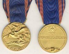 087 - Medaglia al Valore Aeronautico della Repubblica Italiana (dorata)