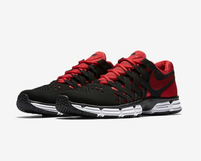 reputable site a1e80 cfa12 NIB Men s Nike Lunar Lunar Lunar Fingertrap TR Running Shoes Med   4E Wide  Revolution BlkRed 5cefd8