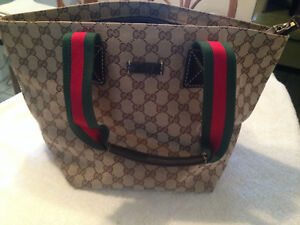 b7136febd21 Image is loading Vintage-GUCCI-Italy-Brown-Monogram-Red-Green-Strap-