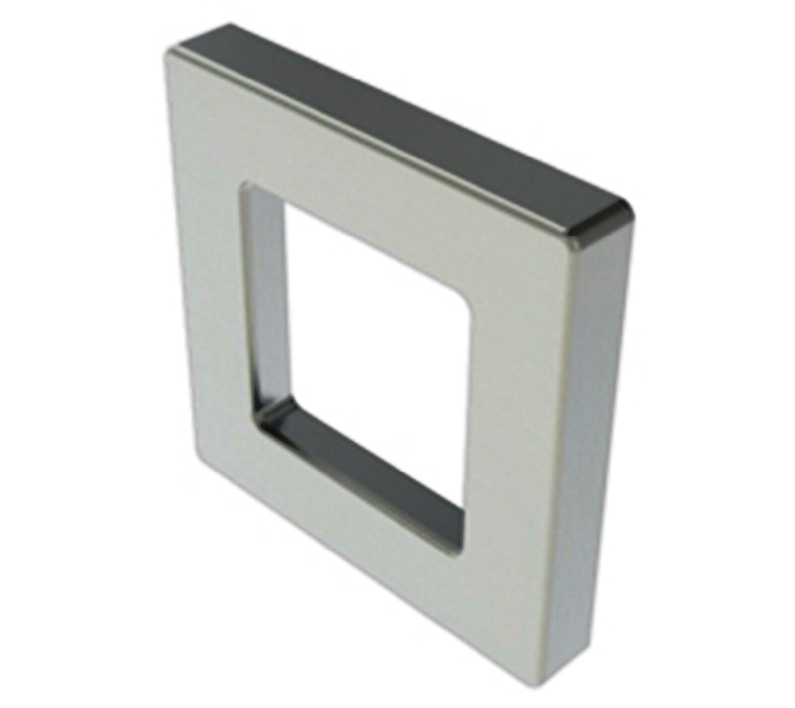 Griffmuschel  quadratisch  selbstklebend  Breite 6 cm      Glastürgriff