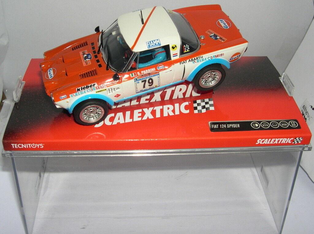 SCALEXTRIC 6377 FIAT 124 SPYDER  79 S.PARRINI-M TOFOLI MB
