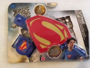 B027 DC Justice League The Flash Snap And Wear It Hero Action Shield Set