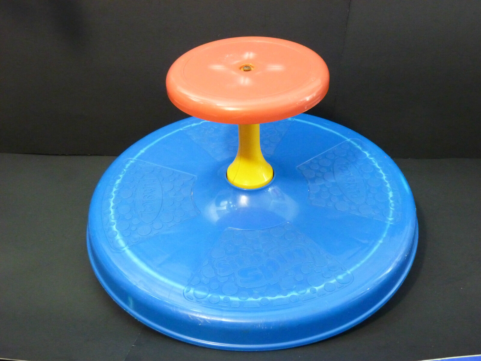 Vintage 1973 Sit'n Spin Spinning Action Toy Playskool Tonka  bluee   Red   Yellow