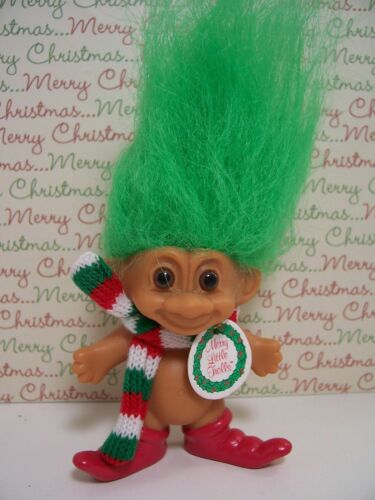 "CHRISTMAS SANTA EARRINGS NEW IN ORIGINAL WRAPPER 2/"" Russ Troll Dolls"